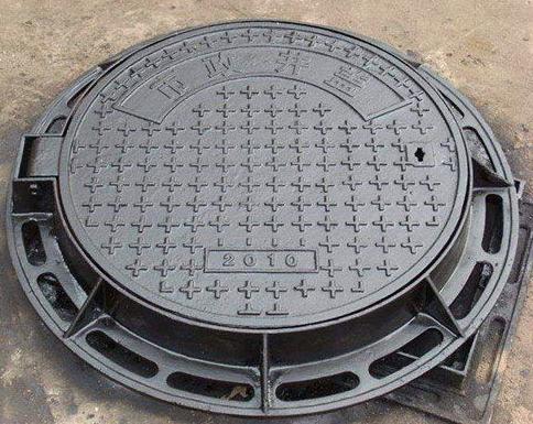 球墨铸铁井盖圆形和方形的区别