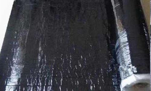 本篇由西宁博升防水建材厂小编为大家讲解一下防水卷材与防水涂料的区别