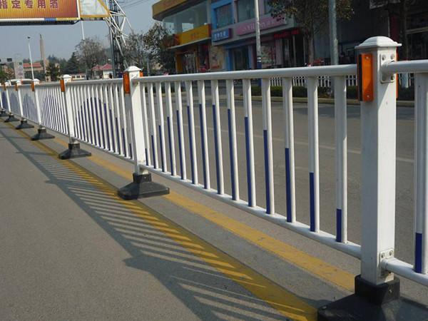 市政锌钢护栏