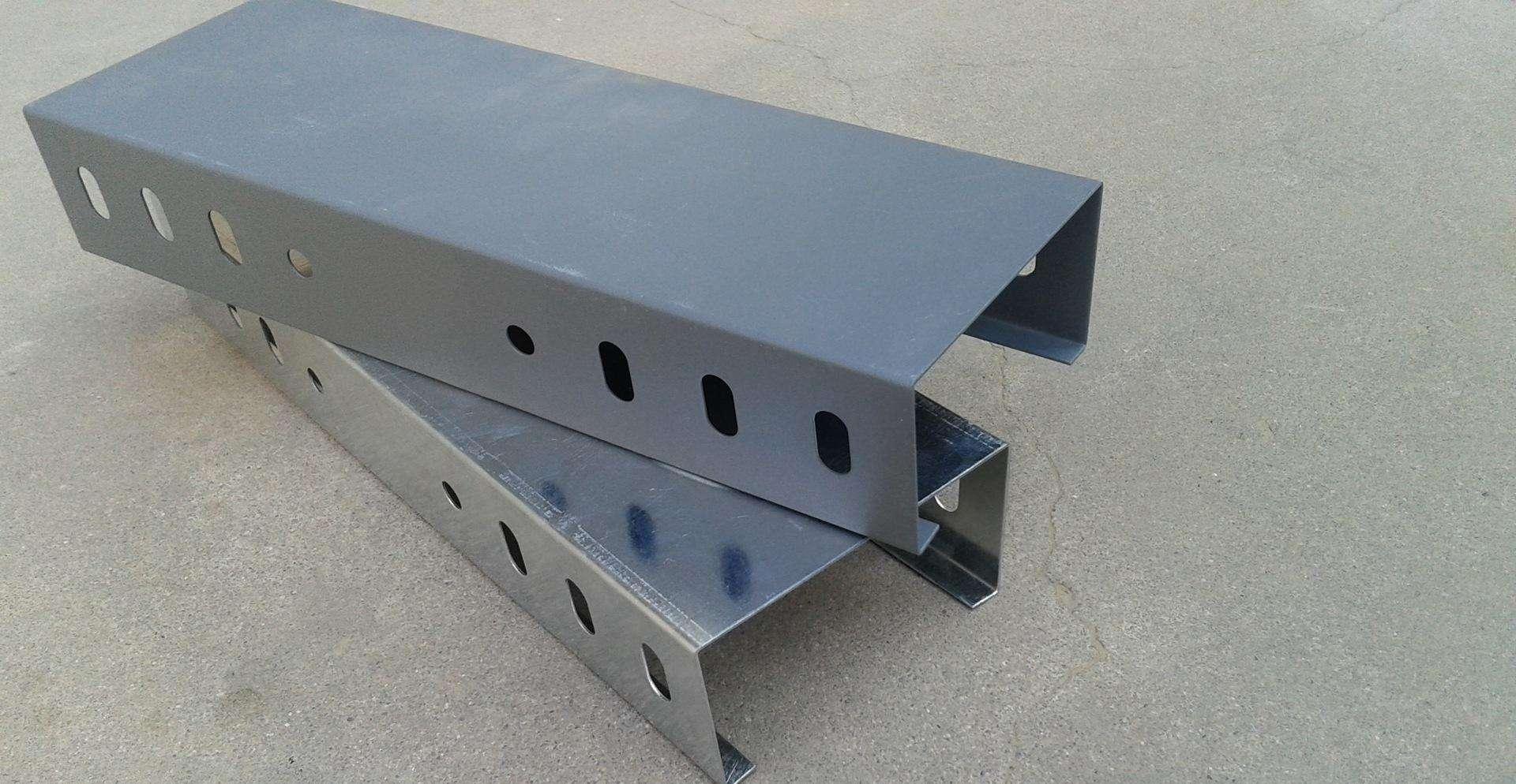 扬中桥架厂家为您介绍桥架的荷载特性