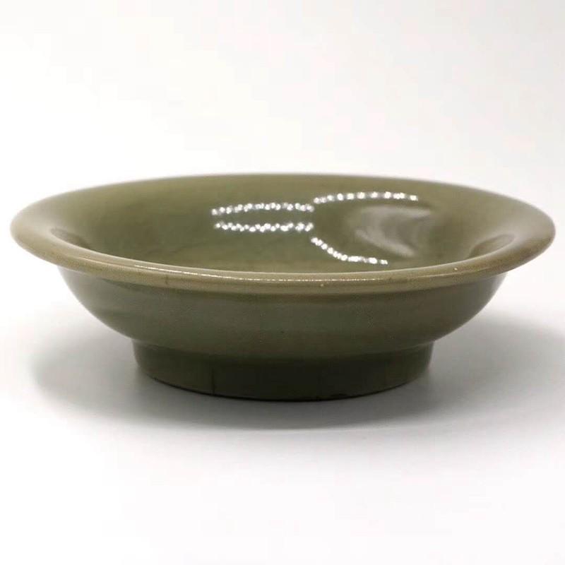 龙泉窑青釉印花盘