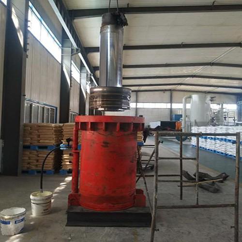 1000吨压块机主缸