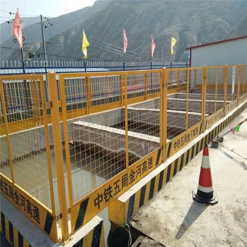 基坑临边防护栏保证是什么?