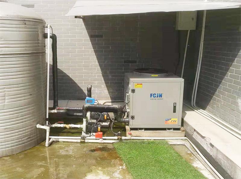 3匹空气能加3吨保温水箱