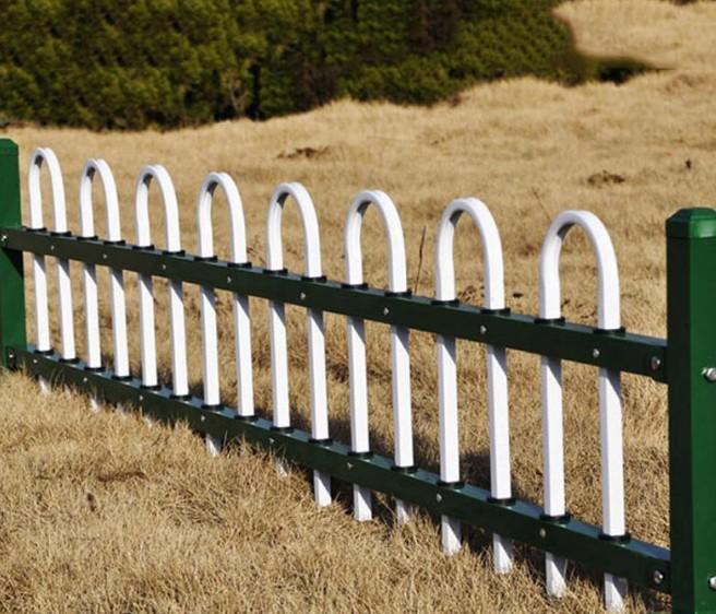 草坪护栏的保护