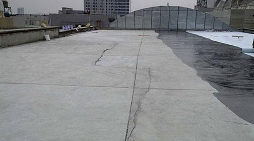 屋頂開裂漏水維修