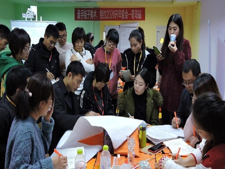 桔子绘画加盟拥有强大的教学研发团队