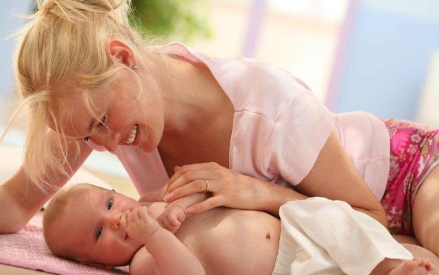 母乳喂养的时候,需要注意些什么呢?