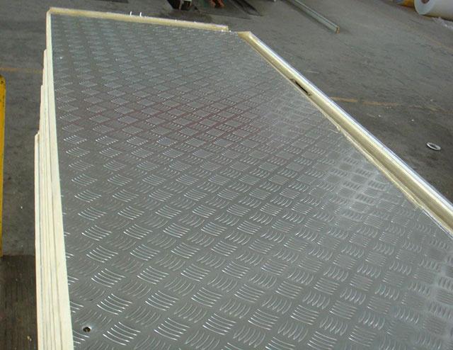 压花铝板冷库板