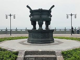 锻铸铜雕塑