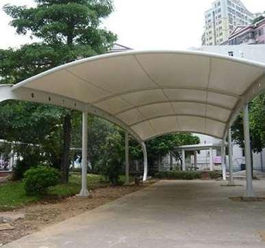 膜结构停车棚的相关背景技术