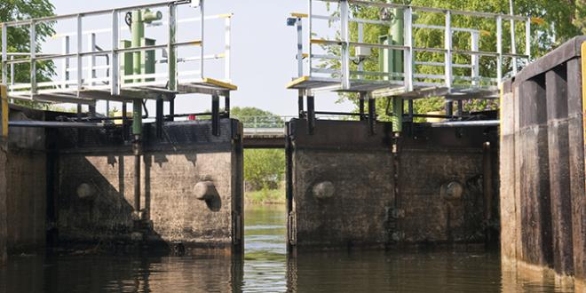 水坝/锁链润滑油