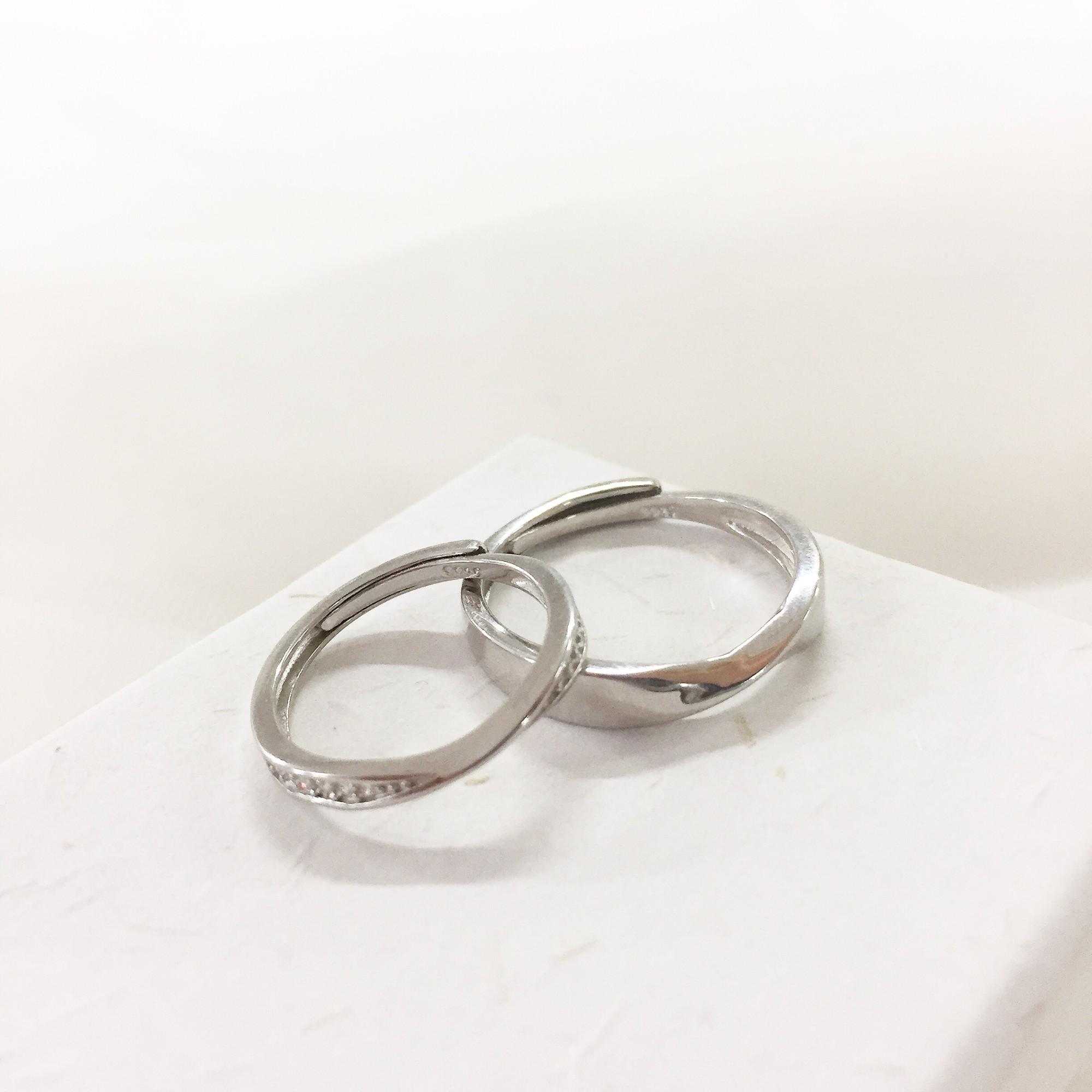 简约时尚周边ido对戒指