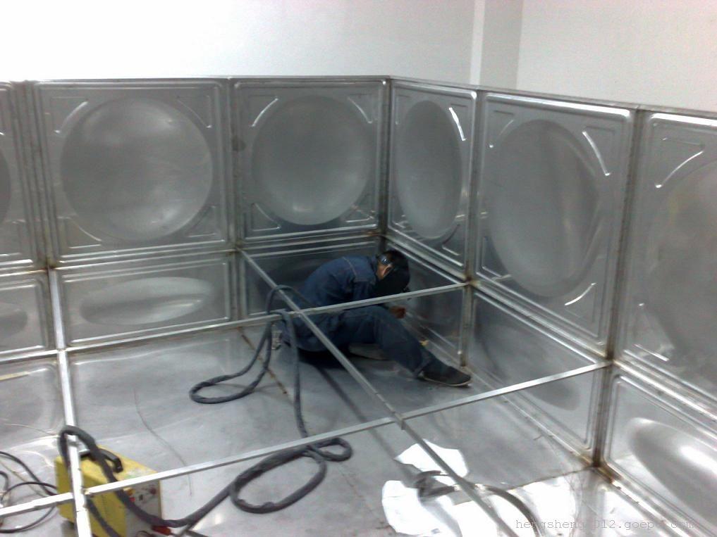 不锈钢水箱在材质上的选择
