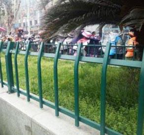 锌钢阳台护栏具有那些良好的性能