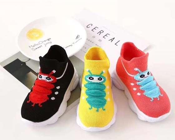 选择儿童鞋袜 妈妈们注意了