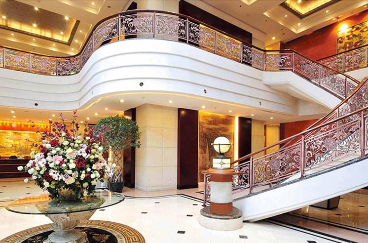 高档铜制楼梯