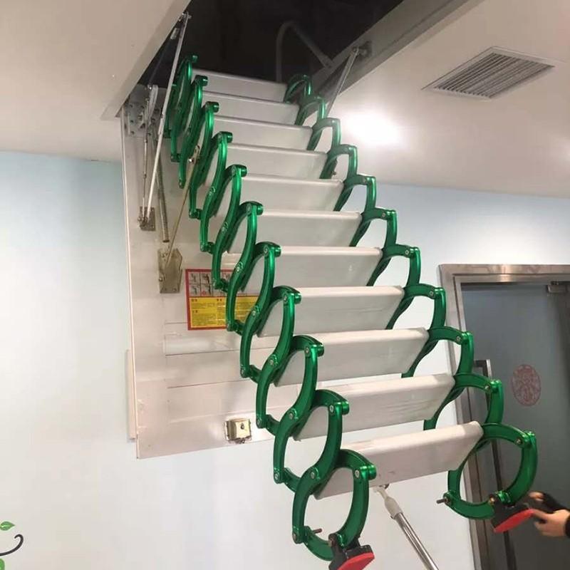 甄合金可伸缩楼梯