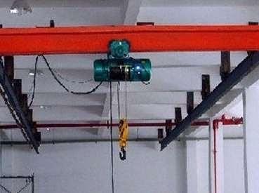 江苏单梁起重机工作特点及存在危险因素