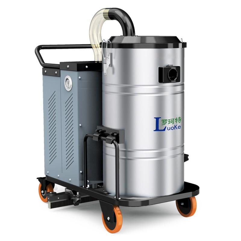 DP系列电瓶工业吸尘器