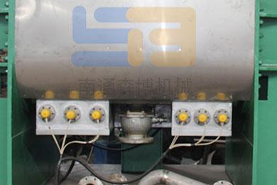 结构胶设备的捏合机排料口堵塞故障的处理方法