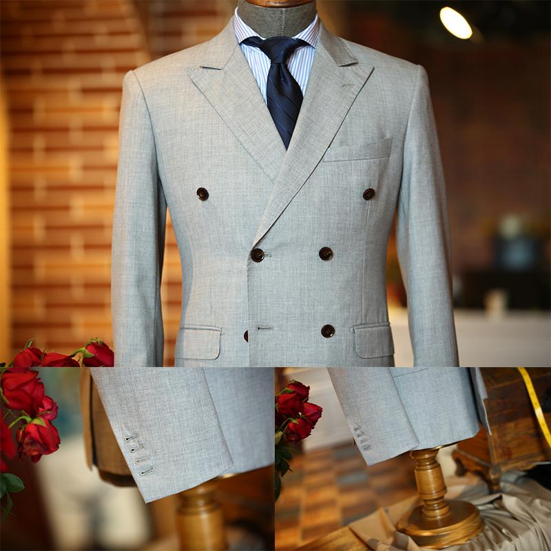 浅灰色双排扣时尚套系