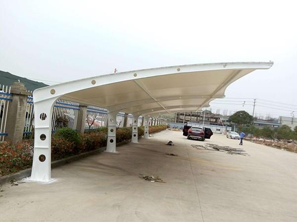 为什么用PVC膜材建造膜结构车棚?如何挑选PVC膜材?