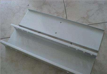 扬中桥架厂家告诉你铝合金走线槽的特点