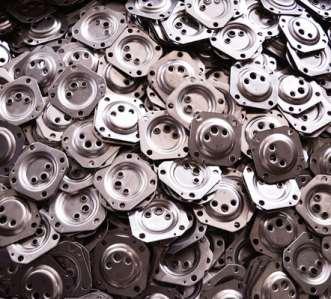 用于连续生产热水器不锈钢法兰的自动设备