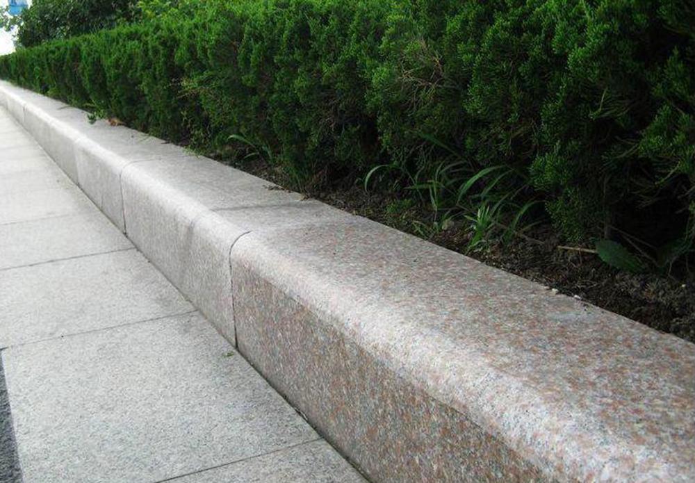 今天就来为大家解答下福州路沿石到底是个什么产品呢?