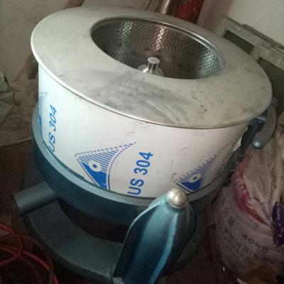 厂家直销半自动洗涤设备1070脱水机 服装布料洗涤烘干脱水机批发