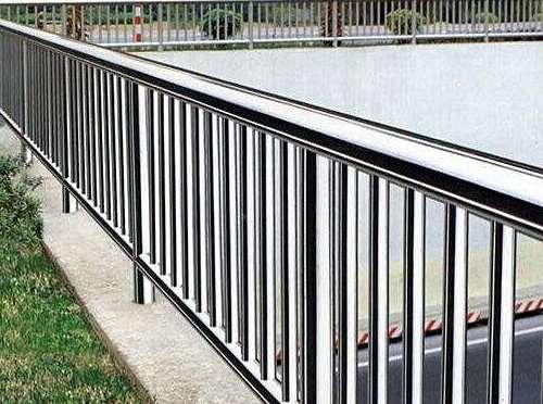 为什么不锈钢栏杆还生锈