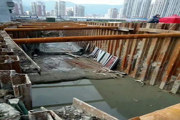 厦门莲前东路溢洪道改建工程