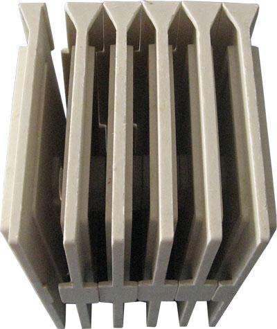 母线槽接头器专业厂家告诉你母线槽接头器的组成和母线槽的性能