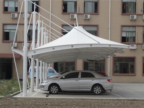 西宁膜结构车棚施工案例