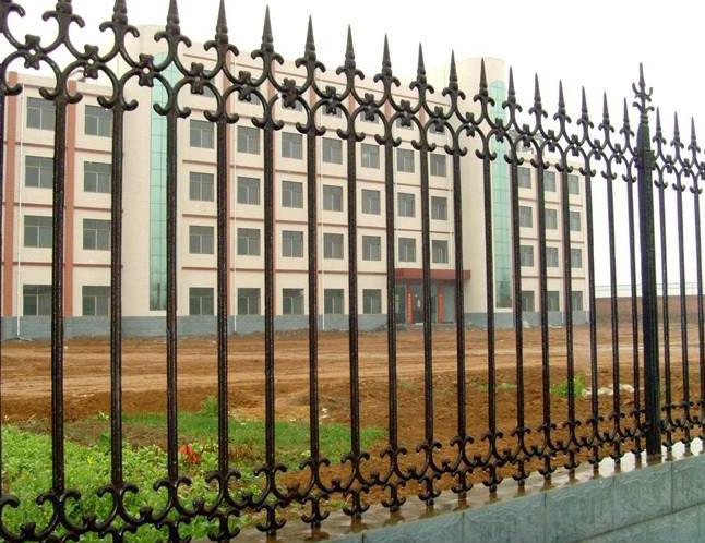 铁艺护栏配件一个不容忽视的组成部分