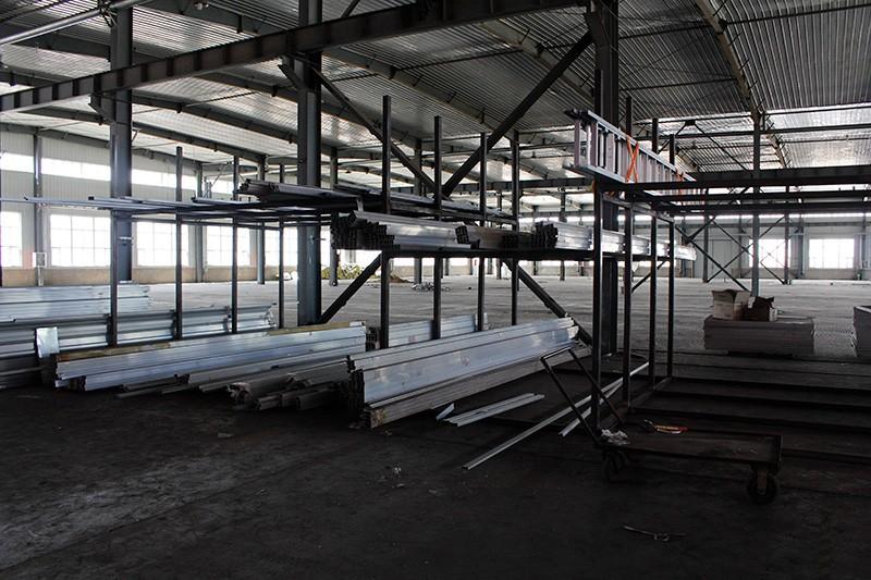 包头梯子厂家厂房设备