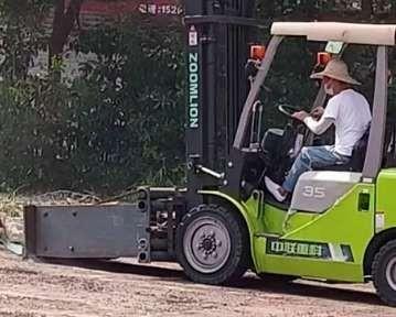 叉车租赁浅析提高叉车操作效率的技巧