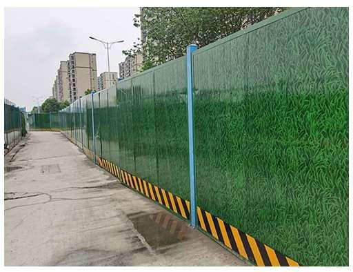 绿色夹心泡沫板围挡用途介绍