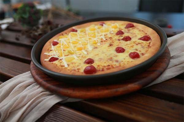 水果&草莓双拼比萨