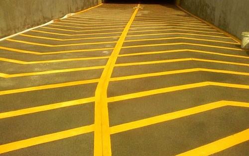 无振动防滑车道