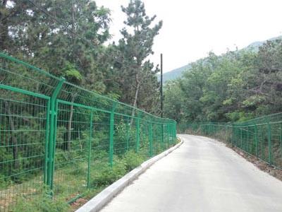 芝罘区林区防护网工程