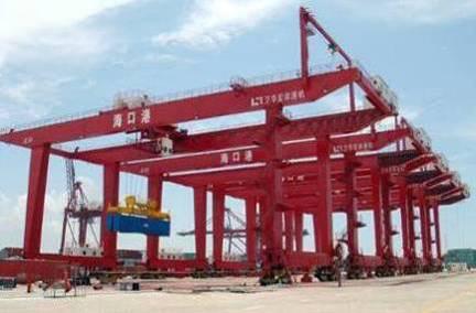 海口港二期工程 轨道式集装箱门式起重机