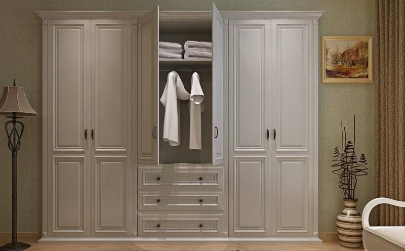 该怎样按时维护保养衣柜呢