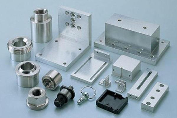 精密零件加工的生产具体有哪些要点呢