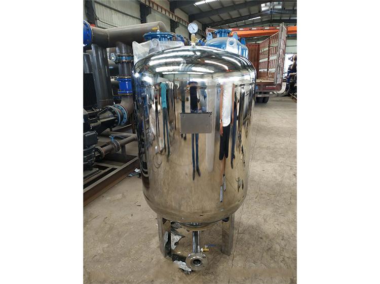 隔膜式气压罐厂家解析如何更好地选择隔膜式气压罐