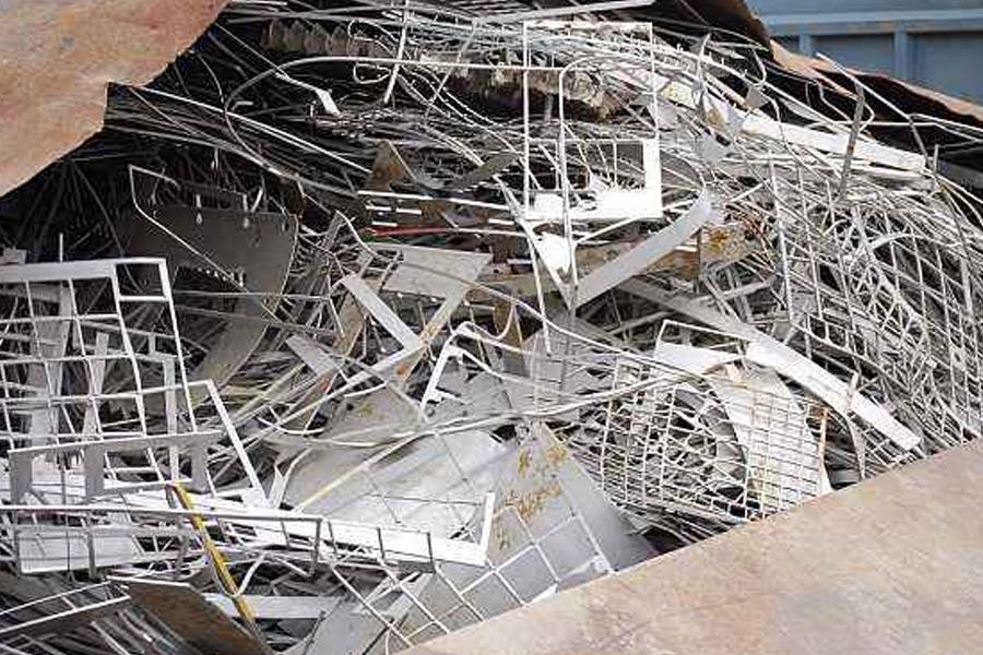 废旧钢材回收