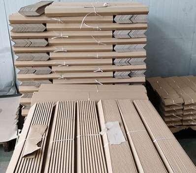 纸护角的生产要使用到的设备