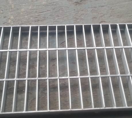 在拉伸不锈钢时会造成哪些缺陷