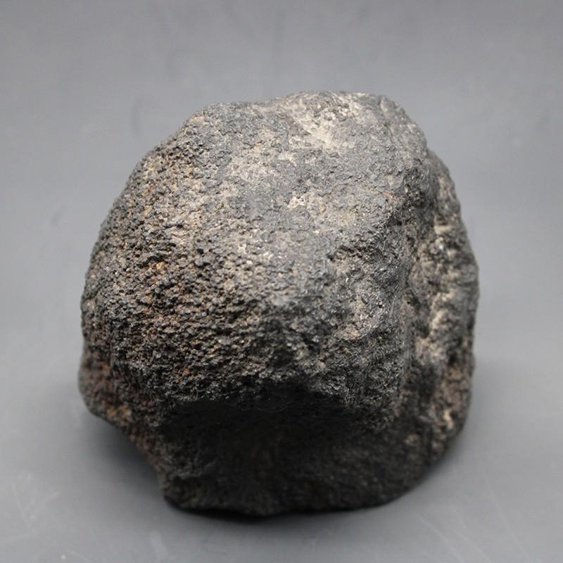 碳质球粒陨石